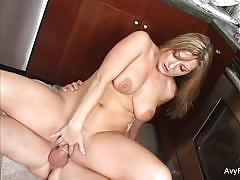 Babe avy scott gets her pussy nailed