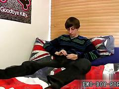 Skinny twink has a hot time jerking his wiener