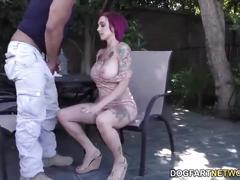 Anna bell peaks sucks monster cock at cuckold sessions