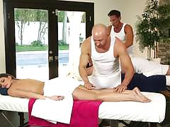 Sexy threesome with brooklyn chase at massage center