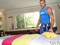 Big masseur with years of experiences fucks a young straighty