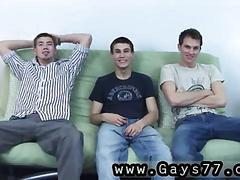 Three amateur dudes go gay for porn bucks
