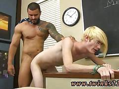 Blond twink sucking the cock and the teacher gives in