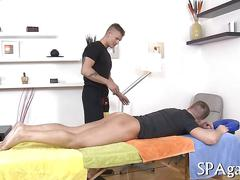 Sexy masseur cant wait to fuck his straight client