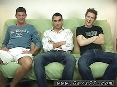 Skinny twinks lose their tight jeans to have some fun