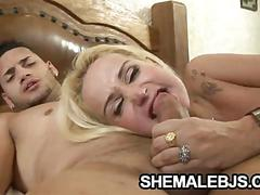 Robertha schnyder - sexy shemale giving a sloppy blowjob