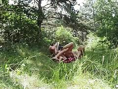 Outdoor sex with horny babe savanna styles