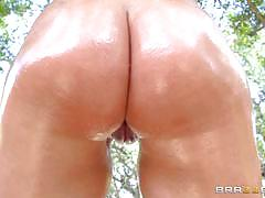 Outdoor ass fucking with oily babe riley jenne...
