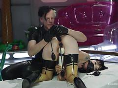 Pumps and dildos and how properly to apply them