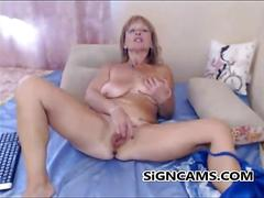 masturbation, mature, milf, webcam, blonde, busty, homemade, nerd, rubbing, sexy, solo