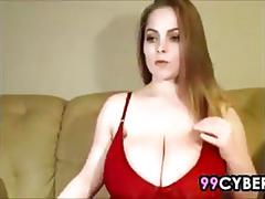 Thick beauty shows off her tits