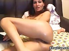 Finger fucking the wet pussy all on cam