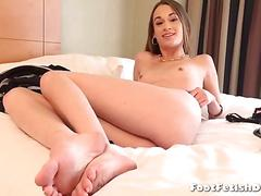 Interview with sexy lizzie