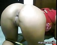 Latina playing with her ass video