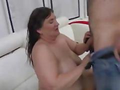 Granny gets to be fucked so she cums completely