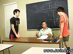 Two twinks feast on their teachers sweet dick in class