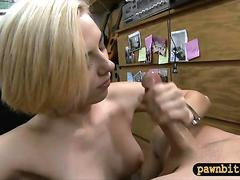 Pretty blonde babe sells speaker and banged by pawn guy