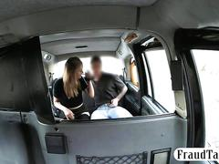 Cute amateur blondie passenger gets pussy fucked in the cab