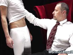 Teen has a hot jerk off session