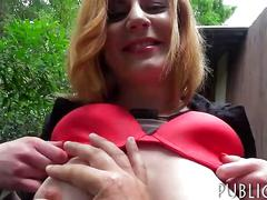 Eurobabe flashes her ass and screwed in exchange for cash