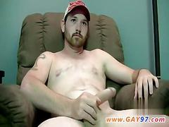 Jerking his cock and the dude cums like a boss