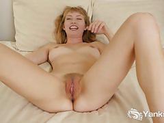 Hot babe verronica masturbating