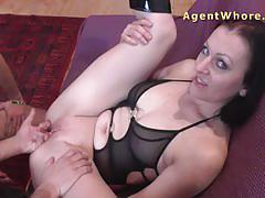 Teen gets licking and fingering lesson