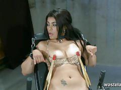 Kinky babe enjoys lesbian bdsm
