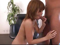 Amateur babe gets her hairy pussy pummelled