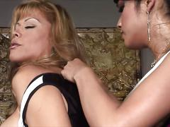 Shemale has a nasty threesome she is enjoying