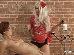 Kinky mistress plays with her partners moist s...