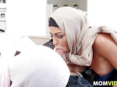 Arab stepmom julianna vega bangs a boyfriend with teen mia khalifa