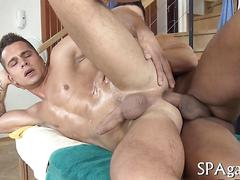 Stud sucks off a straight masseur and gets fucked