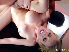 Brazzers - hot office sex with kagney linn karter