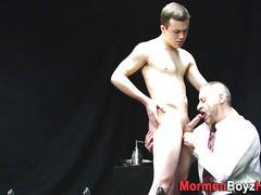 Mormon amateur takes bj