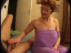 French mature mom seduced her son friend by troc