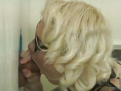 Tattooed beauty gives great head @ tranny glory hole surprise #03