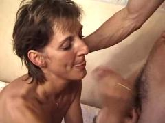 Hot older woman (parena)