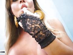 Busty and horny tranny slut hilda brazil outdoor anal bang
