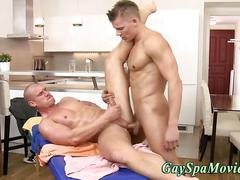 Stud gets an ass fucking out of his oil massage