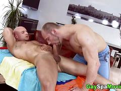 Oiled up straight stud gets boned bareback by his sexy masseur