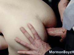 Uniform pastor squirts