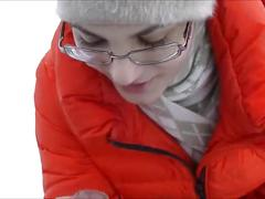 Deepthroat and cumshot in winter park