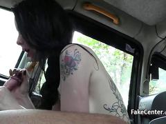 Skinny tattooed babe fucked taxi driver