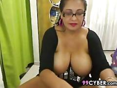 Fat and busty mature latina