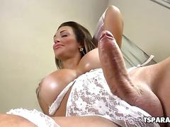 Shemale hottie julie berdu strokes her cock