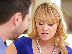 Blonde babysitter lizzie bell sucks and fucks the boss