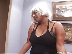 Black mom's double trouble in sexy black lingerie