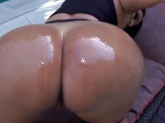 Kiara boobs