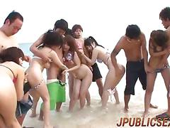 Hina amazing group play at the beach